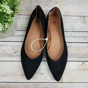 H&M Black Faux Suede Pointed Toe Slip on Flat Shoe